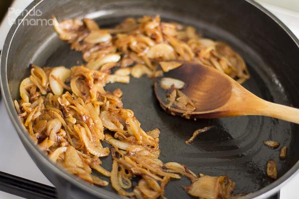 20160401-pendolamama-foodblog-nairobi-kenya-sukuma-wiki-collard-greens-in-caramelised-onions-6